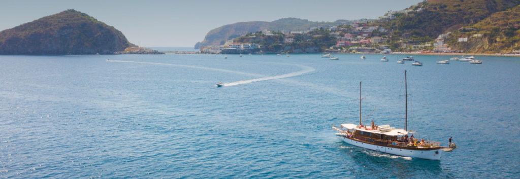 giro in barca ischia
